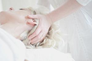 発毛に効果的!ツボ押し頭皮マッサージの手順を紹介!