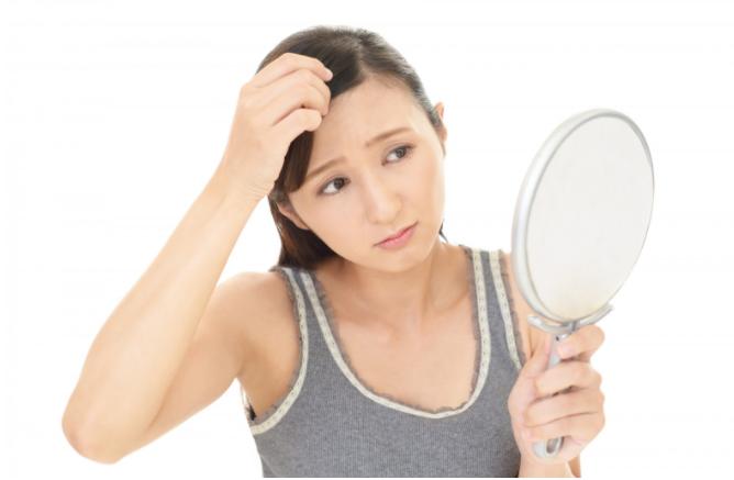 アロマオイルには発毛効果があるの?そのメカニズムを解説!